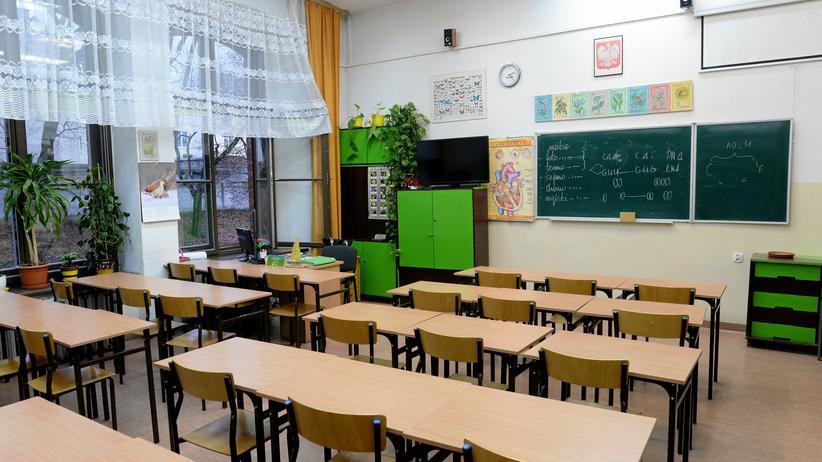 MEN chce wprowadzić elektroniczne legitymacje szkolne