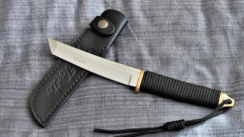 Mężczyzna zginął zadźgany nożem. Policja podejrzewa bezdomnego