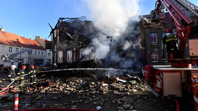 Mieszkowice. Po pożarze kamienicy trwa śledztwo i zbiórka dla pogorzelców