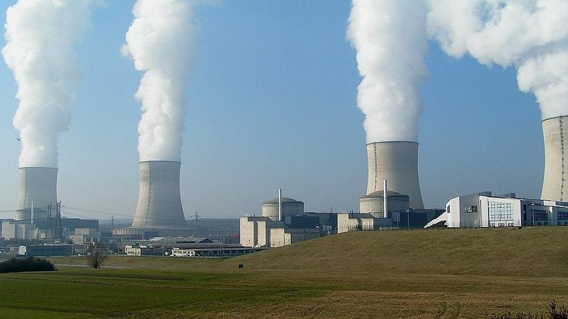 Minister energii: samorządy dają zielone światło na budowę elektrowni atomowej [SONDA]