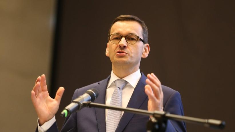 Morawiecki chce ciąć przywileje emerytalne. Na celowniku mundurówka i prawnicy