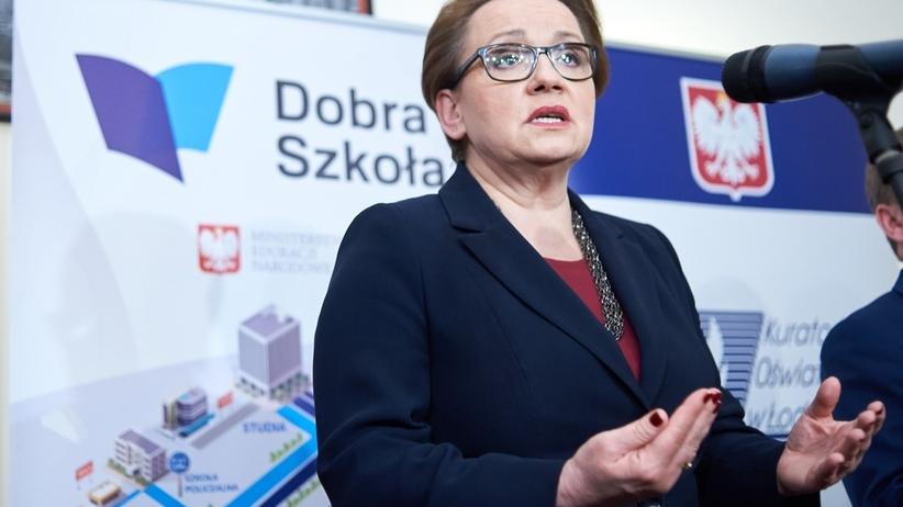 Minister Zalewska: podręczniki będą darmowe