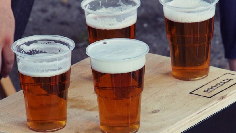 Zakaz spożywania alkoholu w miejscach publicznych. Resort zdrowia przygotowuje drastyczne zmiany przepisów