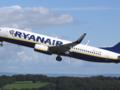 Samolot Ryanair krążył 2 godziny nad lotniskiem w Modlinie