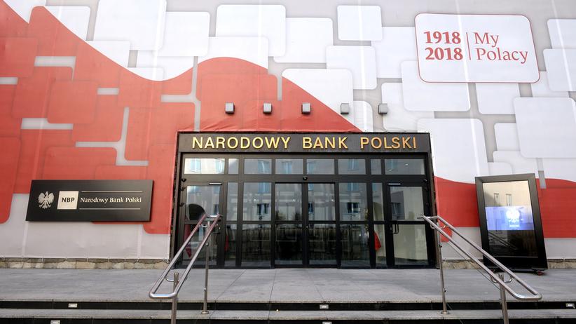 NBP wydało 18 mln złotych na premie z okazji 100-lecia odzyskania niepodległości