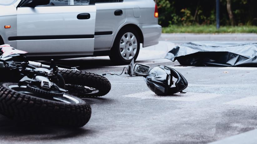 Nietrzeźwy motocyklista zderzył się z autem
