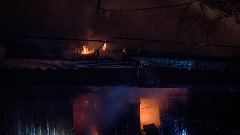 Jedna osoba nie żyje, pięć w szpitalu. Ofiary nocnych pożarów