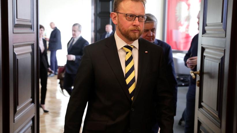 """Nowy minister zdrowia podpisał deklarację wiary. """"Prawo boskie nad ludzkim"""""""