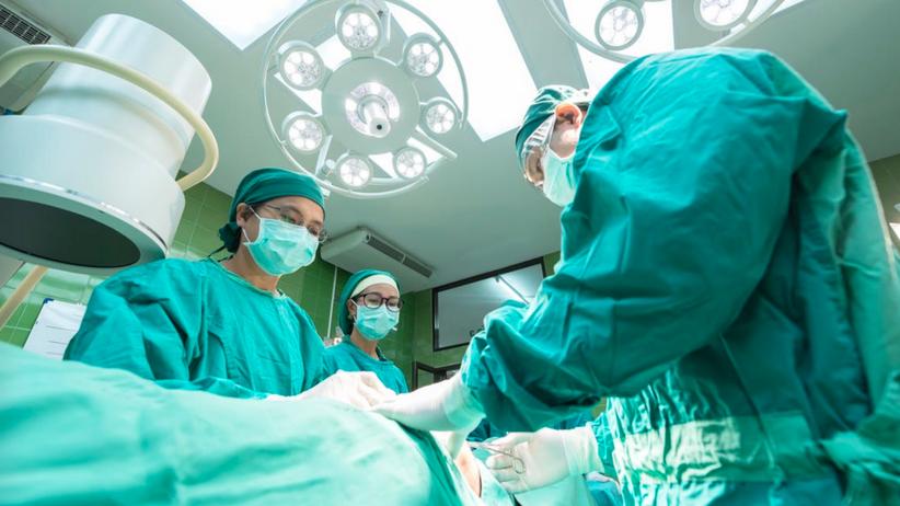 Rząd przyjął projekt o minimalnych wynagrodzeniach pracowników medycznych
