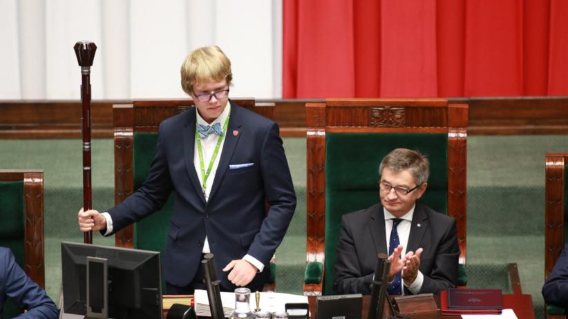 Obrady Sejmu Dzieci i Młodzieży. Młodzi w poselskich ławach [OGLĄDAJ NA ŻYWO]