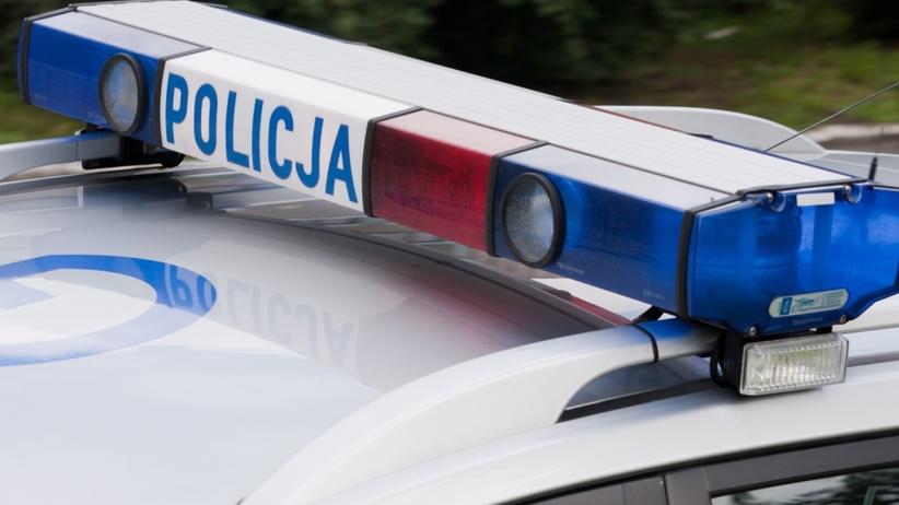 Wypadek autokaru z dziećmi pod Komornem. Kierowca zginął na miejscu
