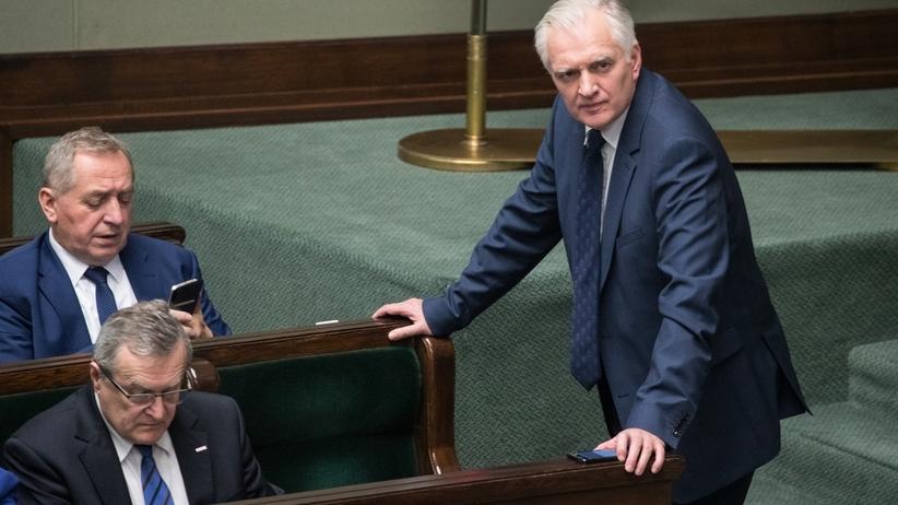 Agentura i członkowie PZPR na polskich uczelniach. Opozycjoniści apelują do Gowina