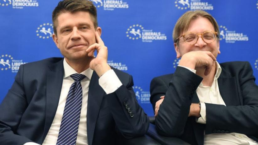 Petru w liście do Verhofstadta: Polska przestaje być demokratycznym państwem