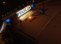 Pijany policjant zasnął za kierownicą. Chrapał we włączonym aucie