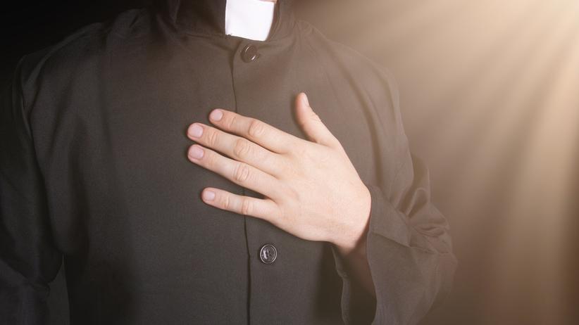 Piła: kapelan szpitala z zarzutami molestowania 17-latki