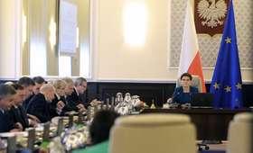 Spotkanie na Nowogrodzkiej odwołane. Kiedy rozmowy o zmianie w rządzie?