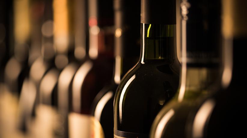 PKN Orlen zamówił 76 tys. butelek wina. Większość zniknęła