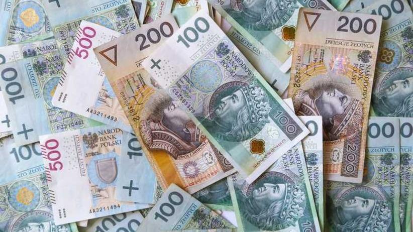 Nowa kwota płacy minimalnej. Związkowcy wygrali z rządem