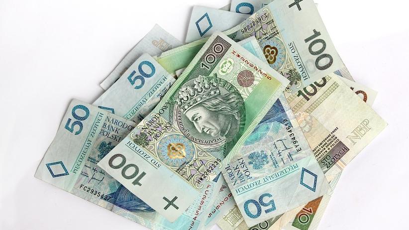 Polacy będą zarabiać więcej? Wkrótce decyzja rządu