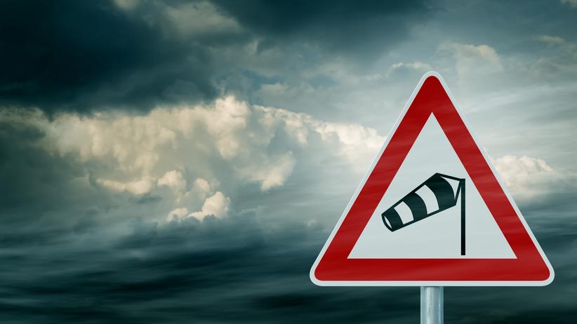 Znalezione obrazy dla zapytania silny wiatr