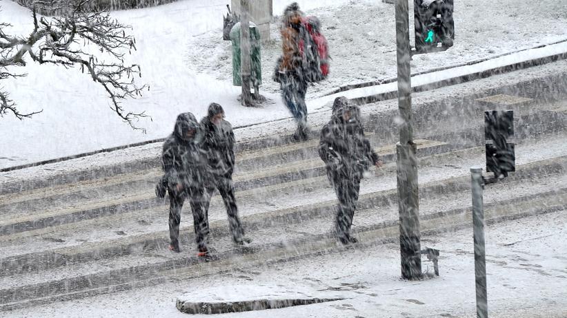 Zima w natarciu. IMGW ostrzega pięć województw