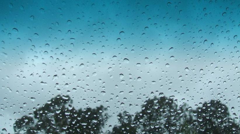 Pogoda na poniedziałek: Spadek temperatury i opady deszczu