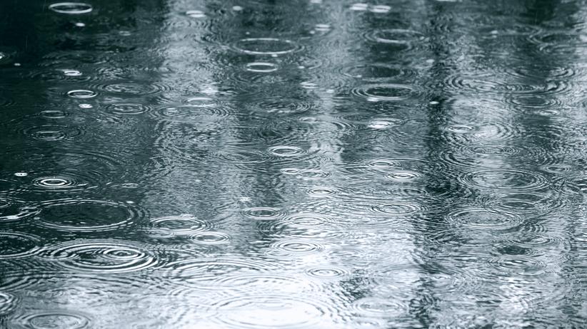 Pogoda. Obfite opady deszczu i porywisty wiatr