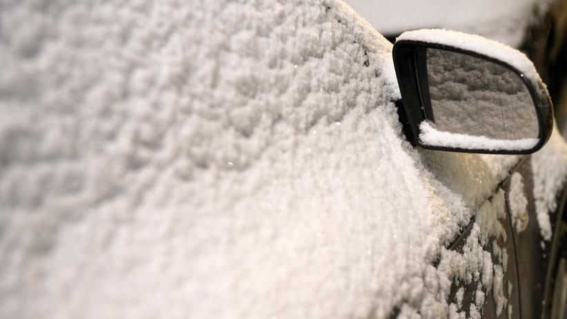 Lekki mróz i przelotne opady śniegu. Pogoda w poniedziałek