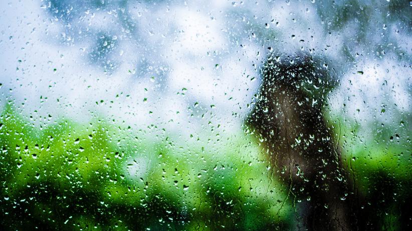 Pogoda na środę: Szykujcie parasol i kurtkę, bo zapowiadają burze