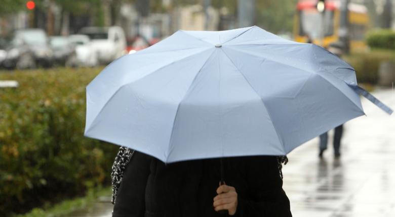 Pogoda na weekend: Drastyczna zmiana. Deszcz i lokalne przymrozki