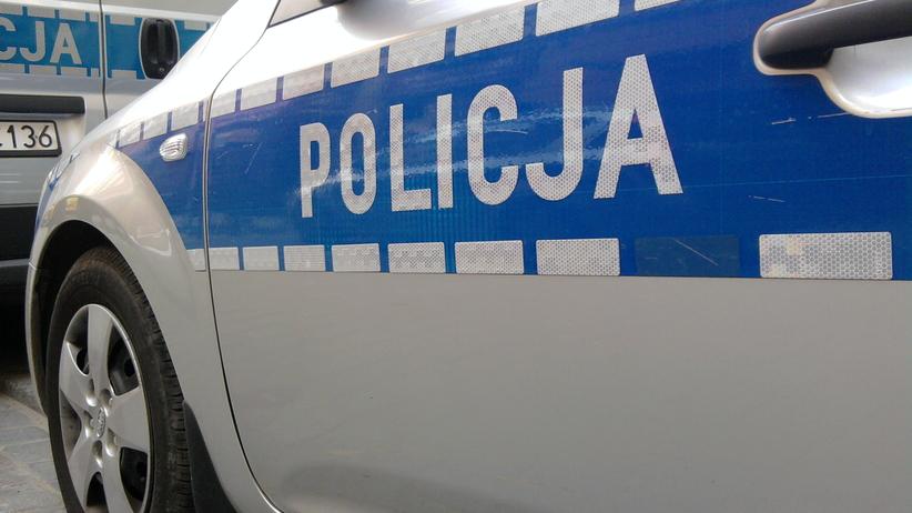 Policja rozbiła grupę fałszerzy markowych perfum i ubrań