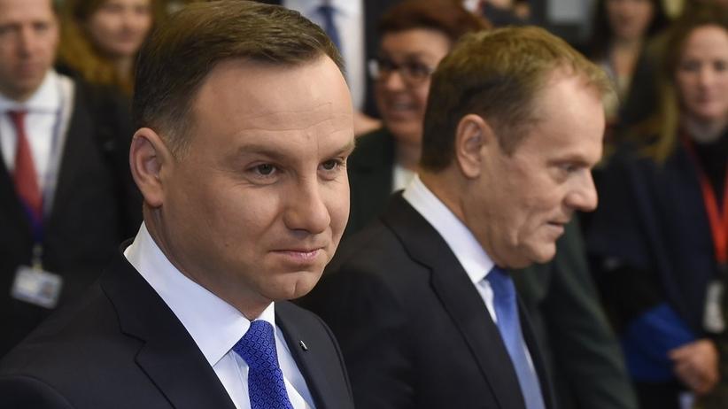 """Polityka. Prezydent Andrzej Duda skrytykował szefa RE Donalda Tuska. """"Nie szanuje własne kraju"""""""