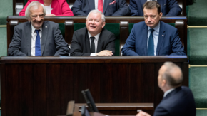 PiS i PO idą łeb w łeb. Sondaż daje nadzieje Koalicji Europejskiej