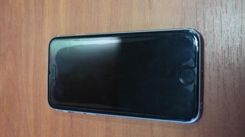 Polski turysta zgubił iPhone'a w Dubaju. Telefon trafił do policjantów z Oświęcimia