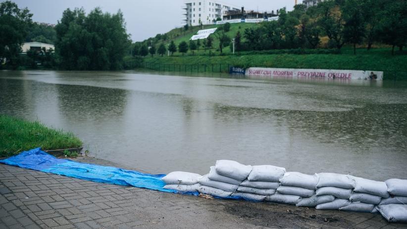 Gdańsk zagrożony powodzią. Komunikaty IMGW