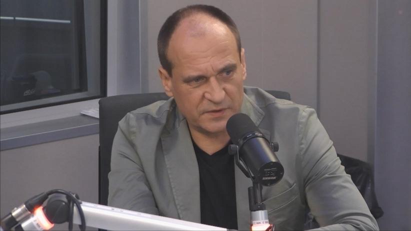 Kukiz o alkomatach w Sejmie: Można wyjść za Sejm i walnąć małpkę. Potem nie poseł mówi, tylko wódka płacze
