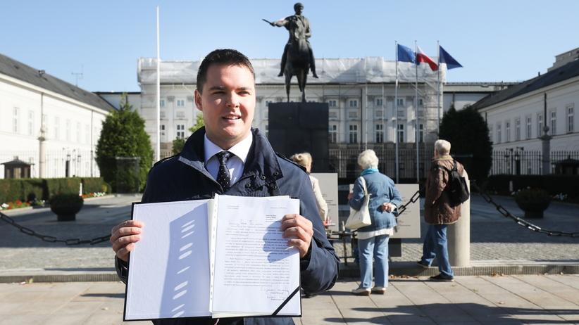 PiS zawiesza młodego posła w prawach członka partii