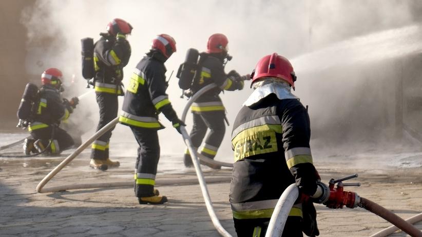 Tragedia w Łodzi. Jedna osoba zginęła w pożarze, są ranni