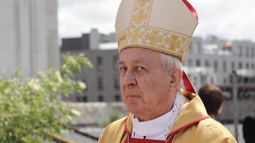 Abp Juliusz Paetz, oskarżony o molestowanie kleryków, koncelebrował mszę. Mimo zakazu Watykanu