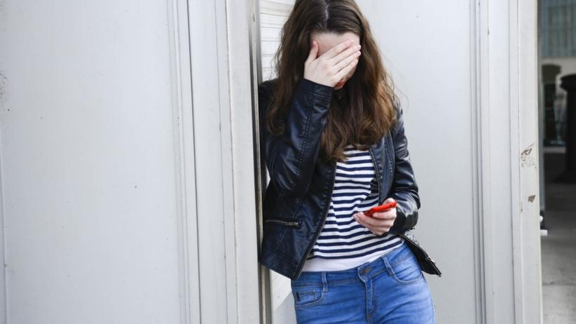 Dyrektor molestował nieletnie uczennice. Nie mają nawet 15 lat!