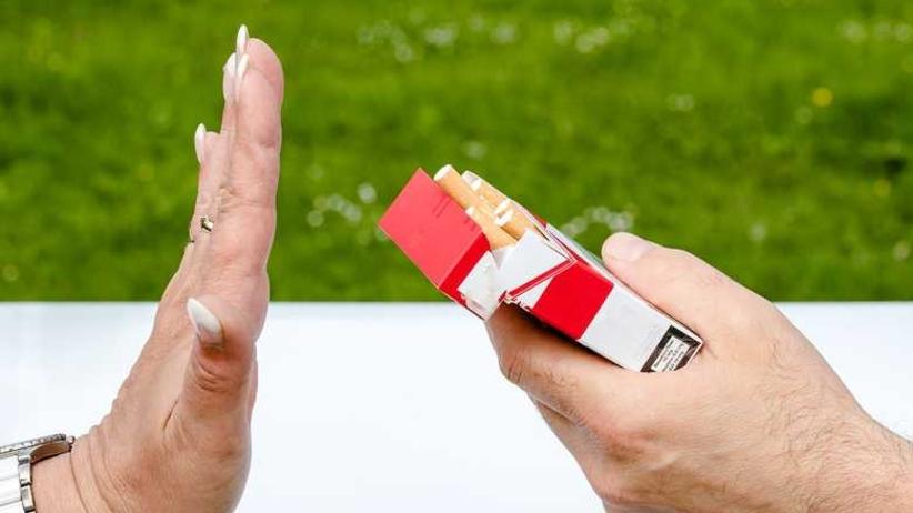 Masz dziecko w wieku 13-15 lat? Lepiej je powąchaj: połowa nastolatków zaczęła już palić