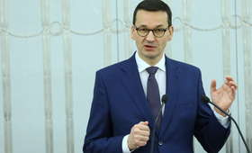 Premier Morawiecki zaprasza szefów klubów i kół na spotkanie. Chce zmian w prawie po śmierci Adamowicza