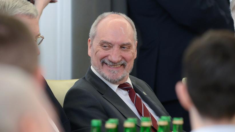 Andrzej Duda żąda wyjaśnień od Antoniego Macierewicza