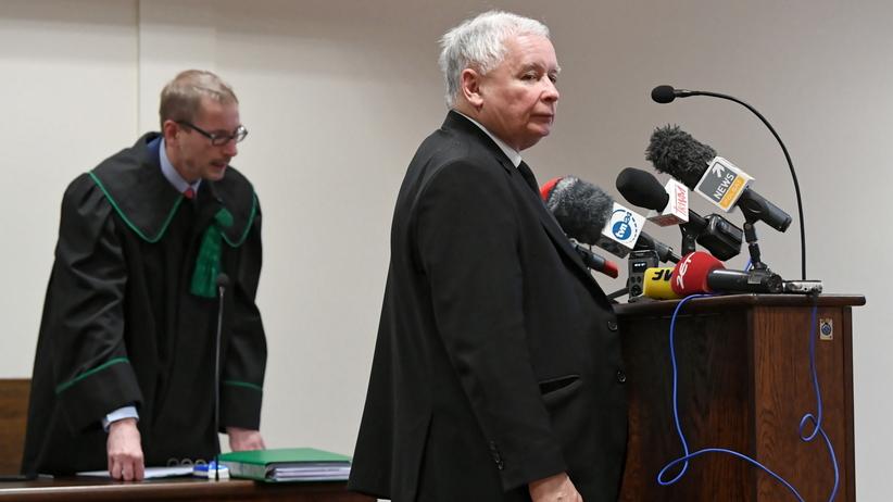 Proces Wałęsy i Kaczyńskiego. Bez ugody w gdańskim sądzie. Jest przesłuchanie prezesa PiS