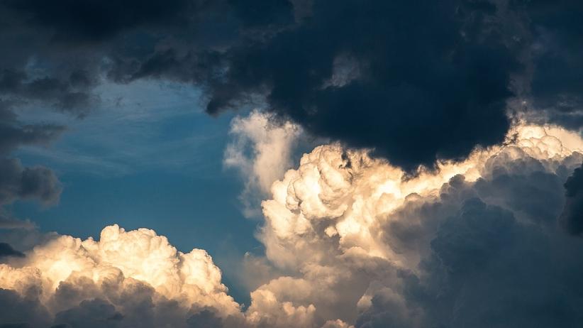 Pogoda na poniedziałek: wiosenne burze i wysokie temperatury