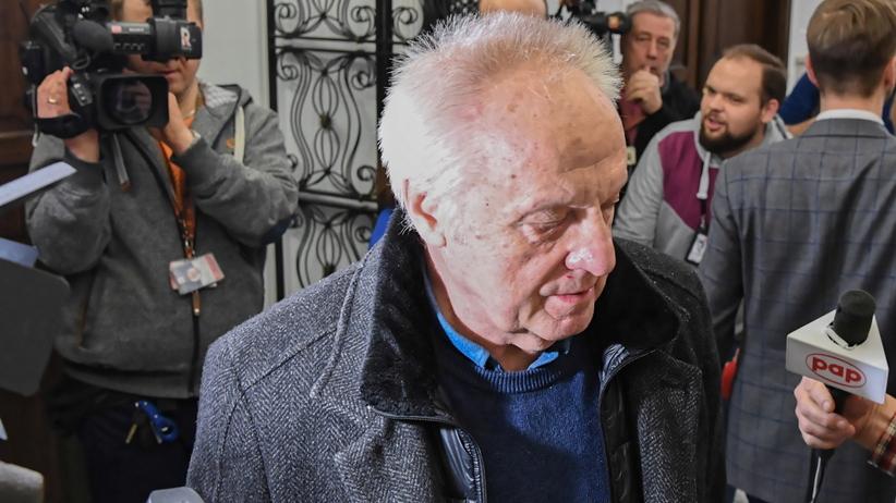 Prokuratura zamierza postawić Stefanowi Niesiołowskiemu zarzuty korupcyjne