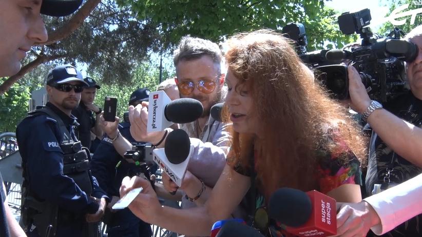 Protest dziennikarzy przed Sejmem. Nowe zasady uniemożliwiają im pracę [WIDEO]