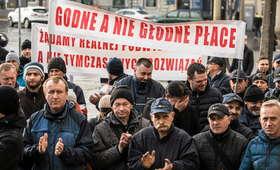 """Protest listonoszy: będzie rózga dla zarządu. """"Jesteśmy przeciążeni, musimy pracować za dwóch"""""""