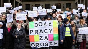 Protest pracowników sądów. W całej Polsce są na zwolnieniach lekarskich