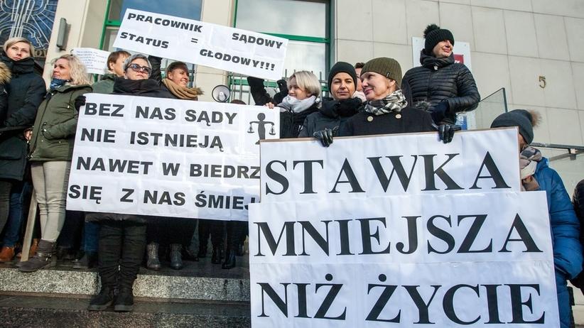 Protest pracowników sądów. Zwolnienia lekarskie. Porozumienie z resortem sprawiedliwości